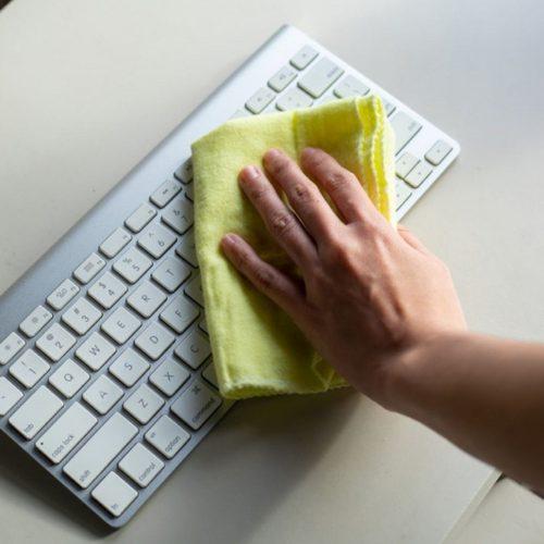 Hur du rengör ditt tangentbord – Steg för steg