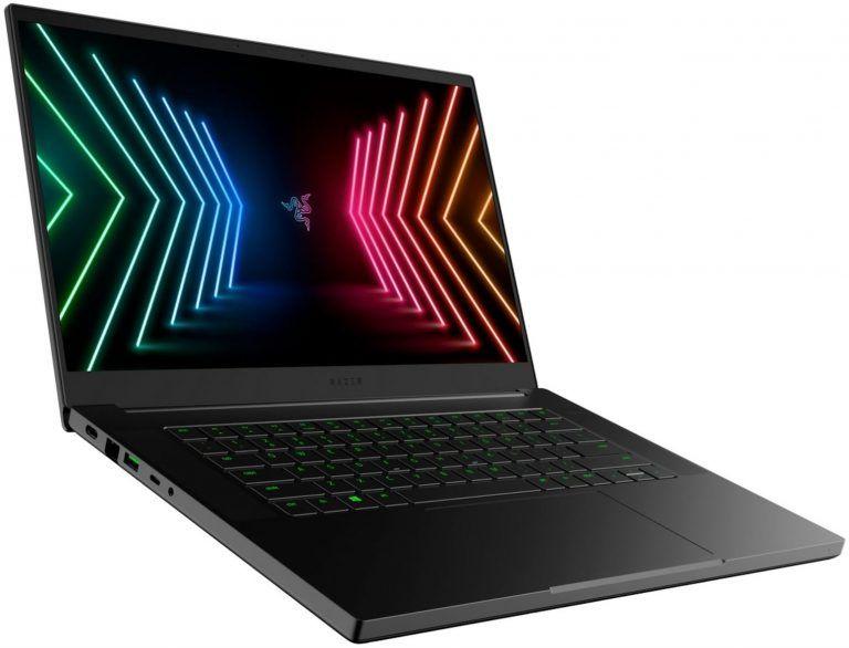 En sidobild på den påkostade bärbara speldatorn Razer Blade 15 Base. Vinnare i vårt bäst i test 2021 av high-end gaming laptops.