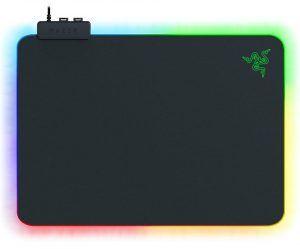 Razer Firefly V2 är en cool musmatta för gaming som är försedd med LED och RGB-belysning. Vårt val av bästa musmatta för gaming med LED 2021. Perfekt val till en gaming setup.