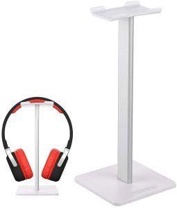 Med en hörlurshållare hänger headsetet snyggt och prydligt och man vet vart man har det. En bra present att köpa till en gamer.