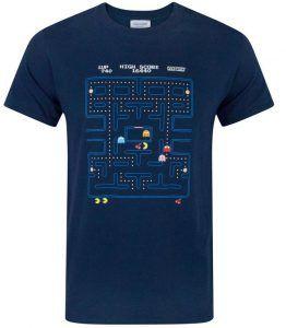 Pac Man T-shirt är en rolig merch att ge bort i julklapp till en gamer.